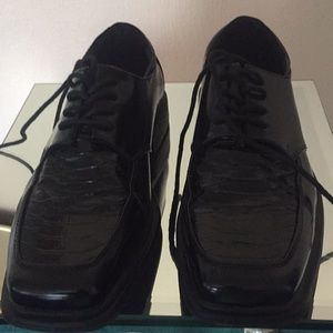 Black dress shoes by Dexter Comfort